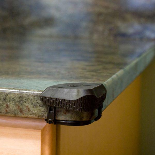 Adhesive Free Corner Protector